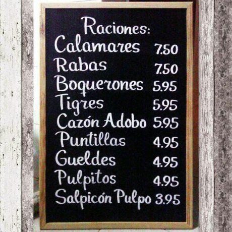 MasQueTiza 19c Pizarras La Pepa Food Market Canarias Decoración Murales Rotulación artesanal Tenerife