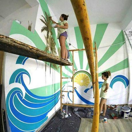MasQueTiza 4b Pintura mural Decoración Akustito Cocktail Restaurante Bar Canarias Carteles de madera Decoración Murales Rotulación artística Tenerife