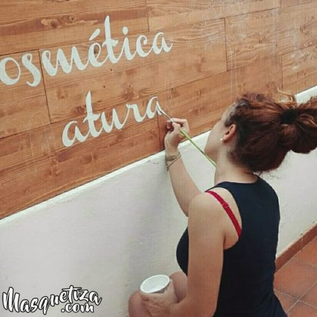 Cartel-de-madera-hecho-a-mano-lettering-masquetiza