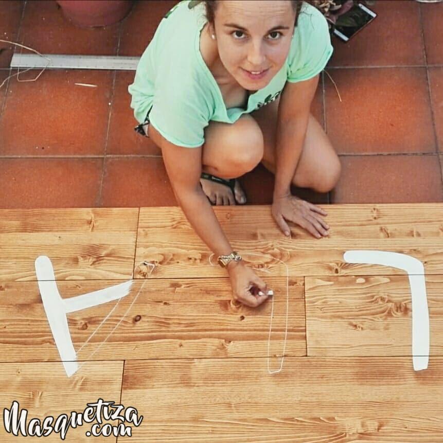 Cartel-de-madera-hecho-a-mano-lettering