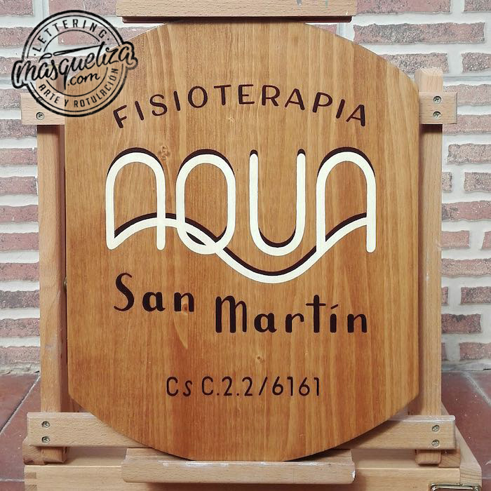 cartel-de-madera-pequeño-formato-lettering-asturias-aqua-masquetiza
